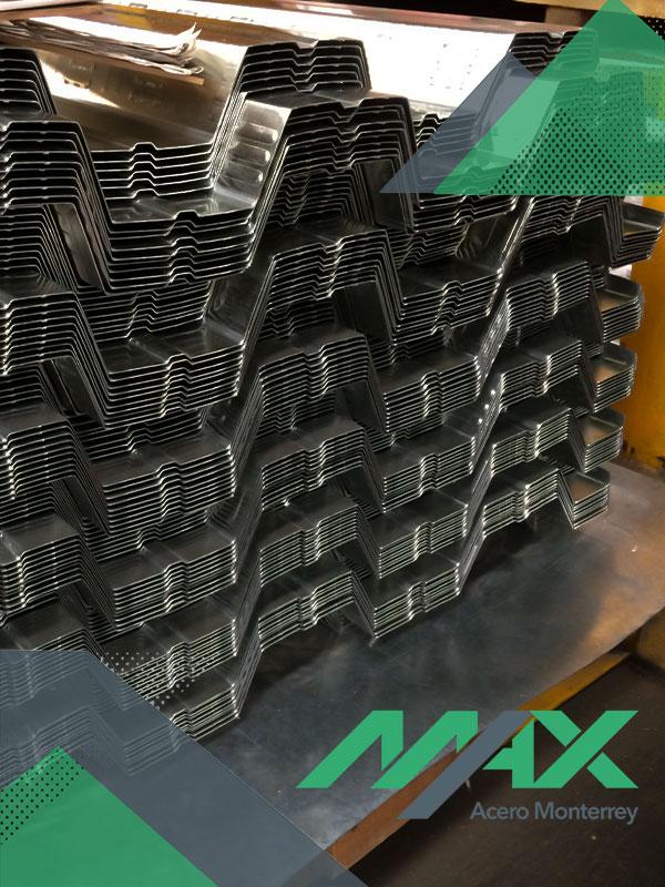 Losacero 25 o Deck 25 es una lámina Ternium con galvanizado de zinc; contamos con medidas para envío inmediato.